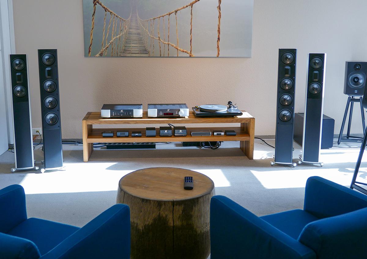 impressum hifi eins hifi studio in k ln sch ne musik. Black Bedroom Furniture Sets. Home Design Ideas